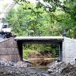 Falls Road Bridge #2, bridge beam setting